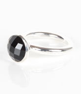 Fingerring i Sterling sølv med sort Onyx